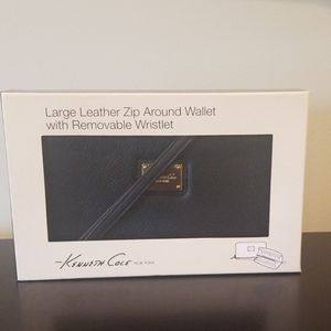 Kenneth Cole Large leather zip around wallet